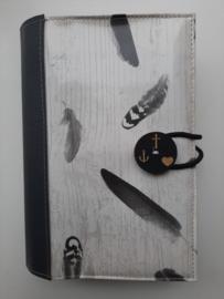 Bijbelhoes feather de luxe  (incl. rug van kunstleer )