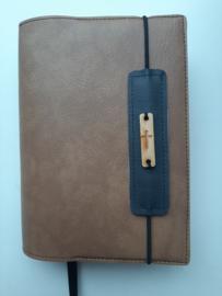 Luxe cognac  vegan leather  bijbelhoes  voor HSV schoolbijbel en BGT