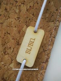 Kurk bijbelhoes  eventueel met houten Bijbellabel 'groot'