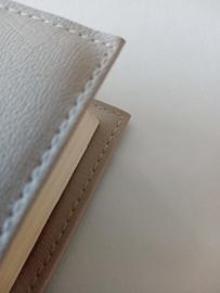 Bijbelhoes vegan  leather licht grijs voor Bijbel in gewone taal