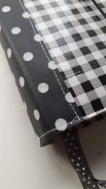 Bijbelhoes mini ruit zwart met stippen rug