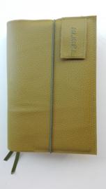Luxe licht olijfgroen vegan leather bijbelhoes