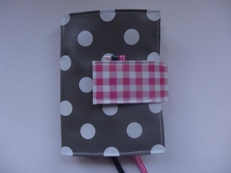 Dots grijs met sluitlip van miniruit roze Bijbelhoes voor Jongbloed zakbijbel