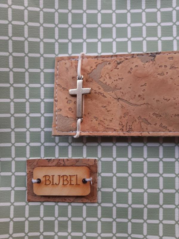 Oud groen wafel bijbelhoes (incl. sluiting van kurk) voor NBV (oranje 2018)