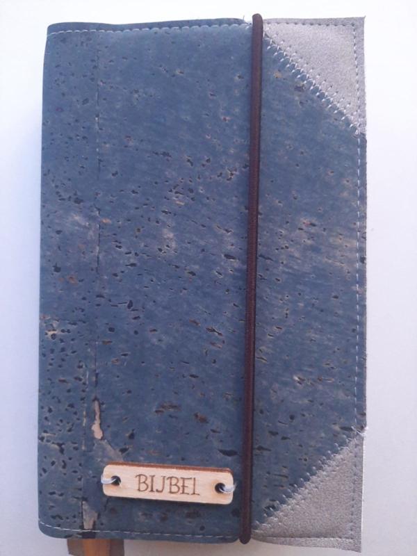 Kurk Jeans  Levi bijbelhoes met schuine hoeken van grijs vegan leather