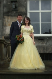 gele bruidsjurk van Sammy