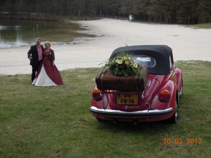 rode bruidsjurk van Tineke