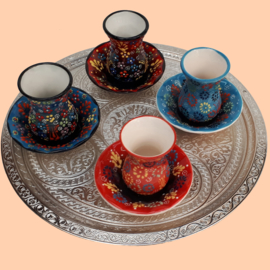 Turkse theekopjes keramiek