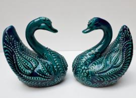 Zwaan van groen keramiek