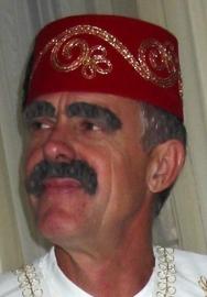 fez geborduurd rood