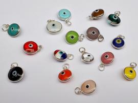 boze oog hangertje (kleuren)