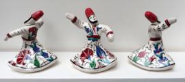 Derwisj beeldje van keramiek