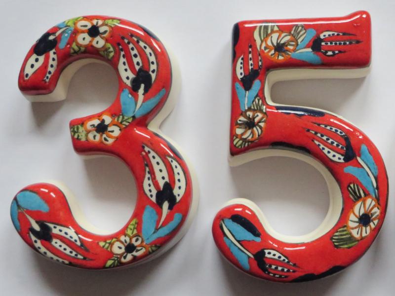 Deurnummers keramiek rood