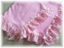 Fleece doopdeken met broderie  roze wit of ivoor