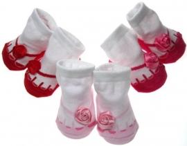 New born sokjes met teentjes