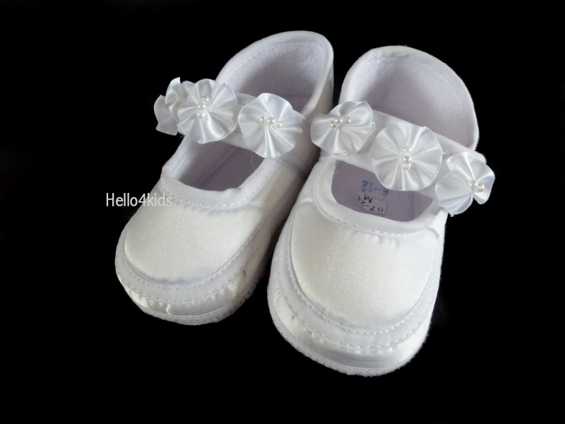 Satijnen meisjes baby schoentje