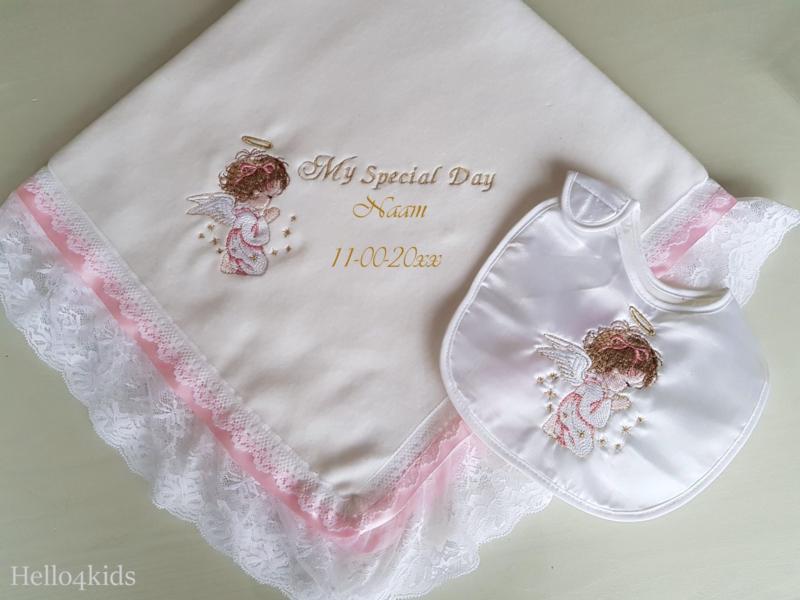 Roze meisjes doopdeken Biddend Engeltje