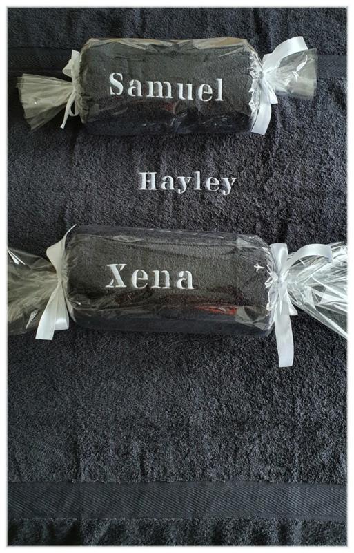 Grote badhanddoek 140x70 met naam