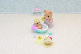 Sylvanian families Baby bath time