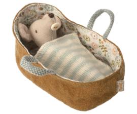 Baby muis in reiswiegje,  Maileg