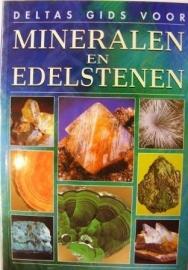 """Boek """"Mineralen en Edelstenen"""""""