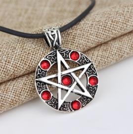 "Ketting ""Pentagram"" rood"