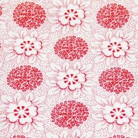 Wit met rode bloemen
