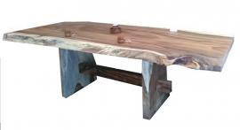 Accacia tafel in zijn nature