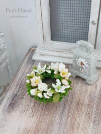 Gemengde bloemenkrans