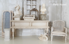 Lange Display/ Side Table