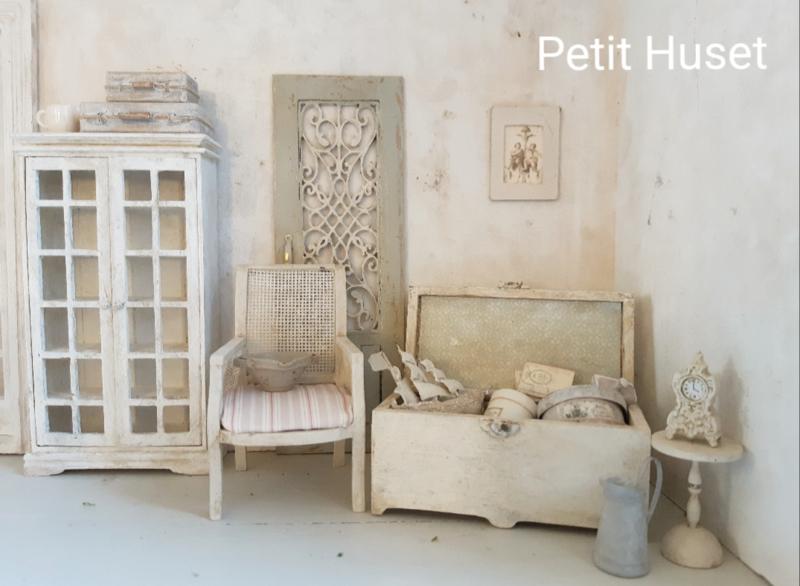 Oude Kist Verkochte Miniaturen Sold Out Petit Huset