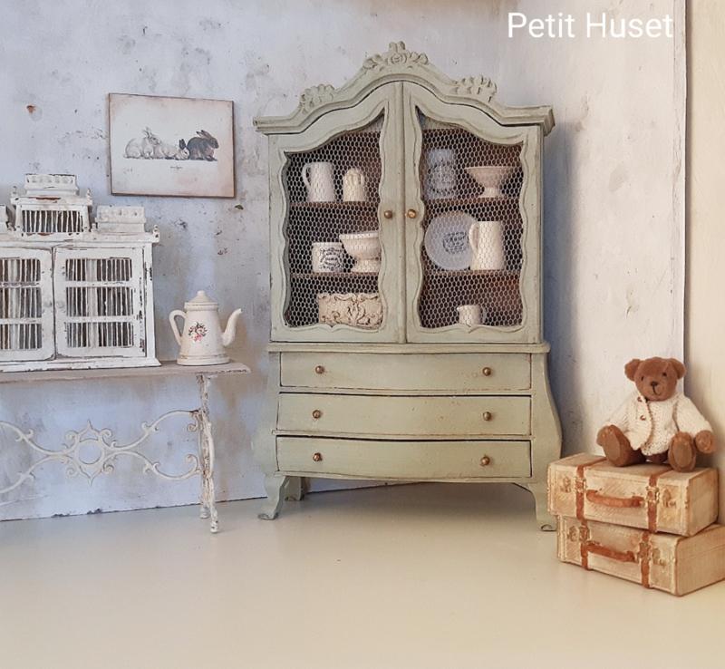 Brocante Dutch Baby House