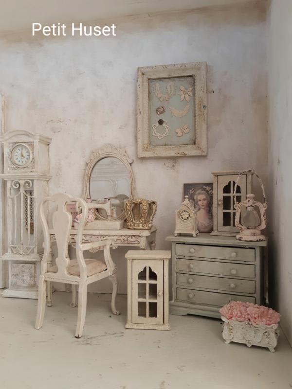 Brocant Bankje Met Klep.Meubeltjes Furniture 3 Petit Huset
