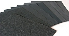 Schuurpapier, schuurgaas, staalwol en ander schuurmedium voor steen en hout