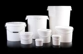 Flessen, potten, emmers en andere verpakkingen