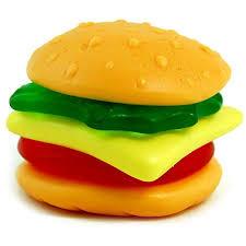 Traktatie zak patat met hamburger