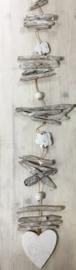Decoratie slinger met drijfhout grijs/wit en Hart