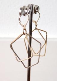 Stephisimo Schakel Oorbellen - Charm Goud ( O-ST-1802)