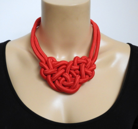 Stephisimo Grote Statement Ketting met Knot ontwerp - Capoeira Rood (KK-ST-2008)