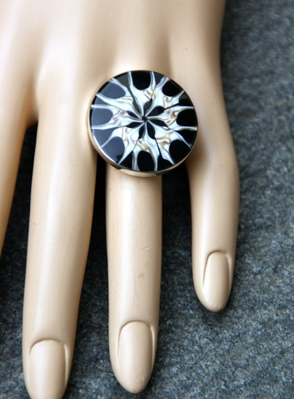 Grote bijou ring Nakita ( OR-RI-01)