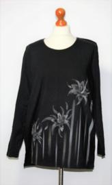 Zwart shirt met bloemenopdruk-44