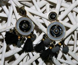 Ibiza zwarte oorbellen