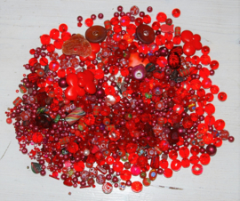 Shades of Red Treasurebeadbox