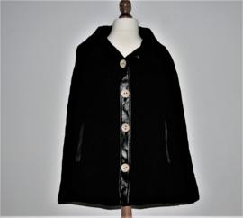 Dyanne zwarte cape-XXL