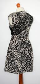 Denny Rose panterprint jurk -40 (valt klein)
