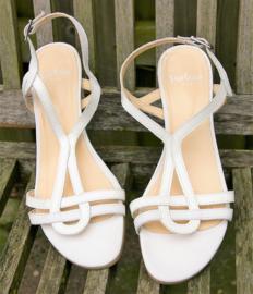 Perlato witte sandaaltjes-38,5