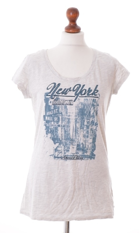 America Today T-Shirt - L