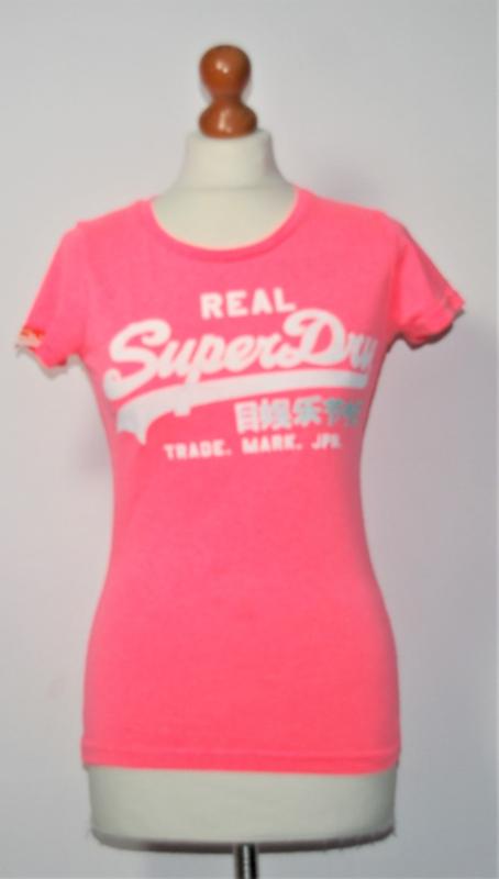 Superdry roze t-shirt-XS