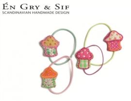 2 Haarelastiekjes paars met roze cupcake