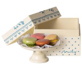 Maileg Macarons et chocolat on caketray